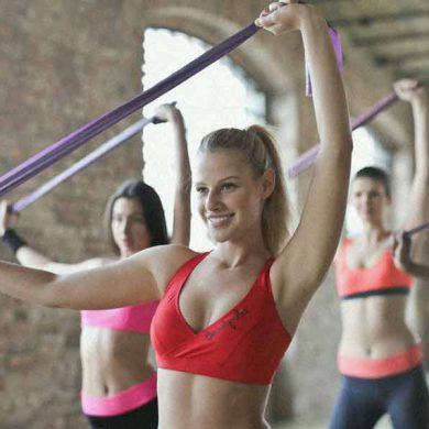 femmes en cours de fitness